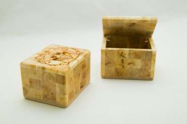 Medium jewelry box 9x7,5x6 cm